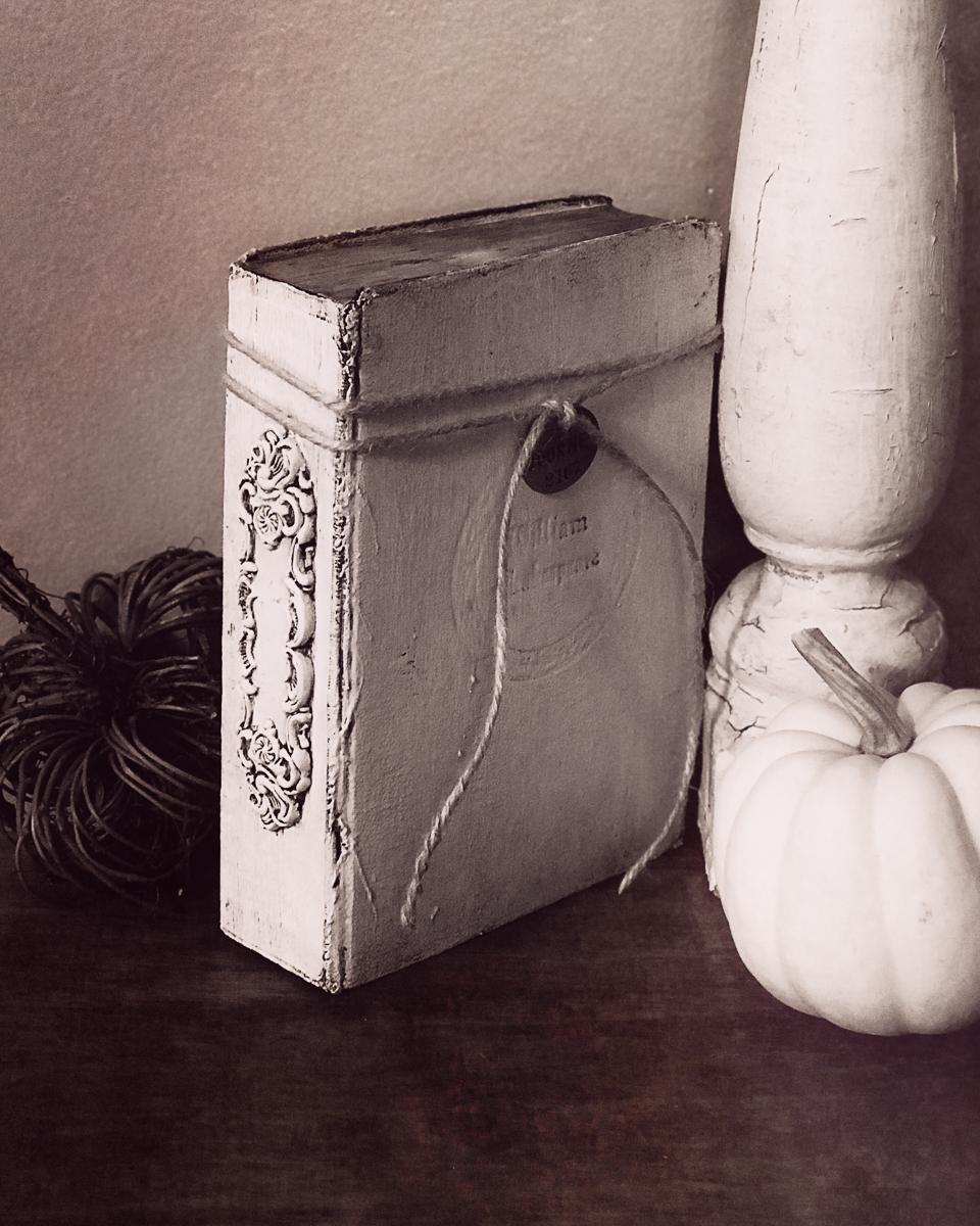 altered-vintage-books