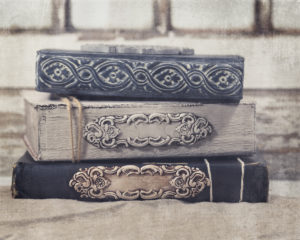 embellished-altered-books