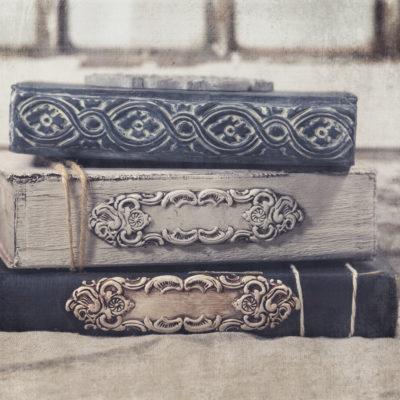 embellished-altered-books
